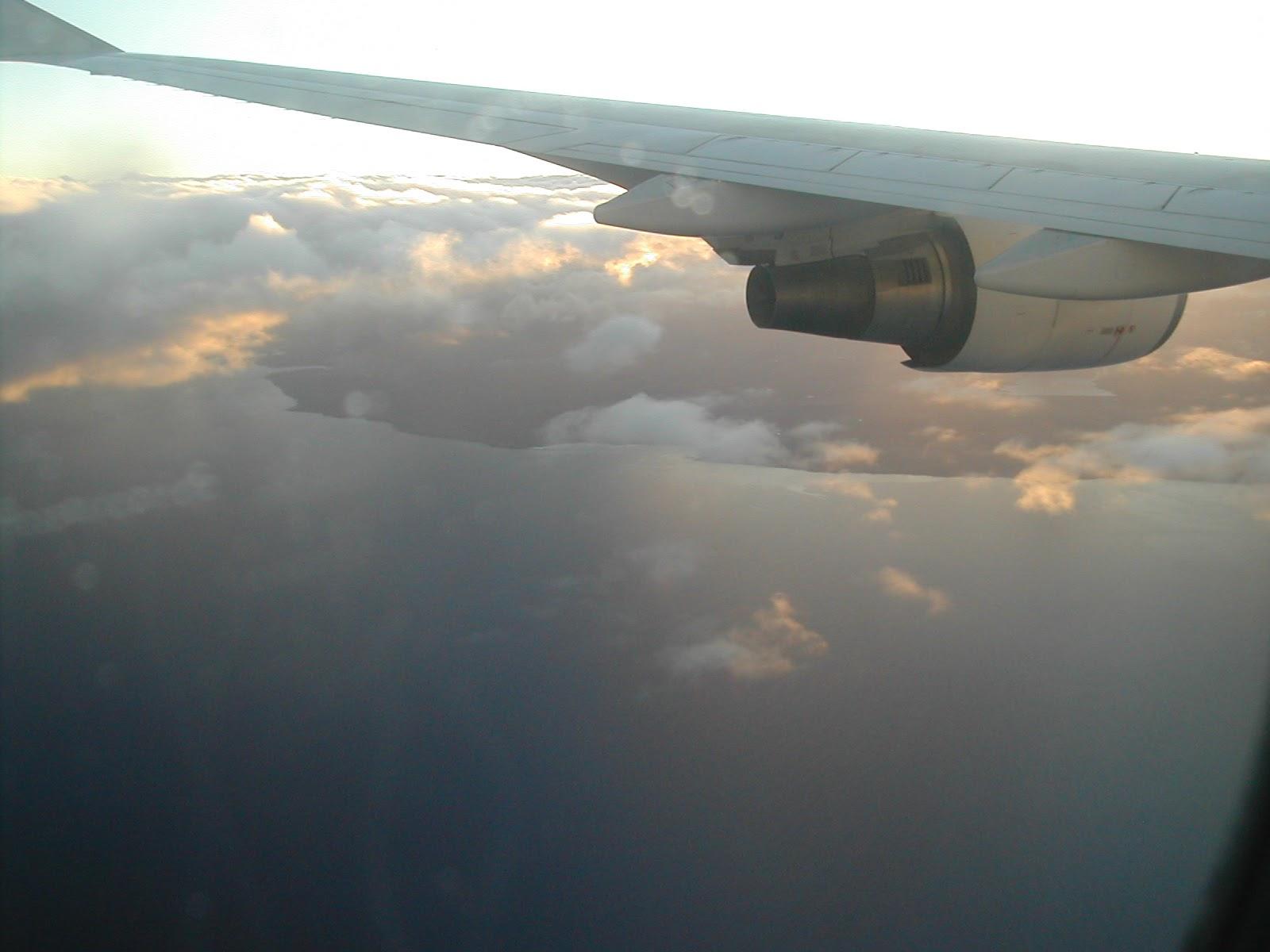 avion arrivee sur maurcie.jpg